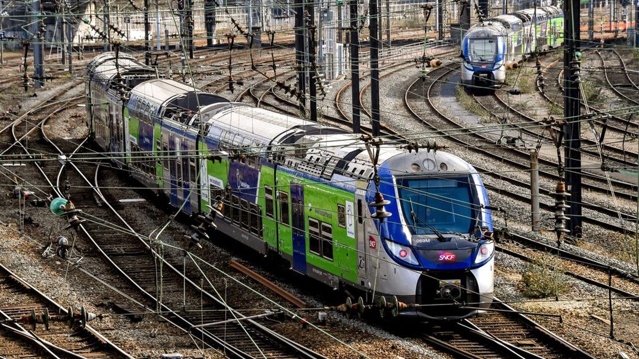 Un train régional express (TER) à Lille.