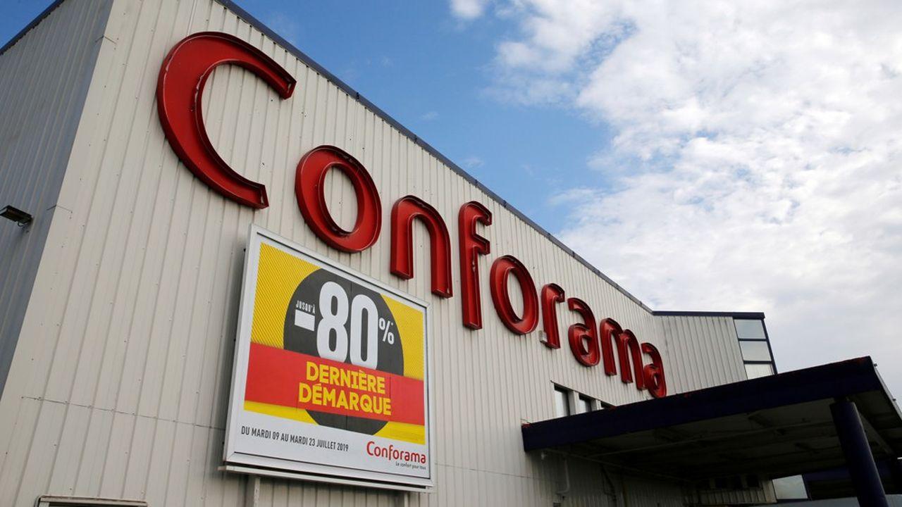 Conforama compte 235magasins en France.