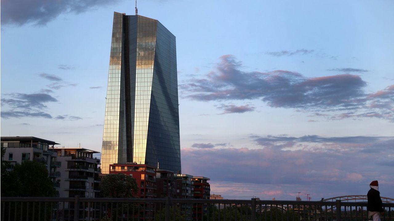 742 banques ont demandé plus de 1.300milliards d'euros de TLTRO (Targeted long term refinancing operation), a annoncé ce jeudi la Banque centrale européenne.