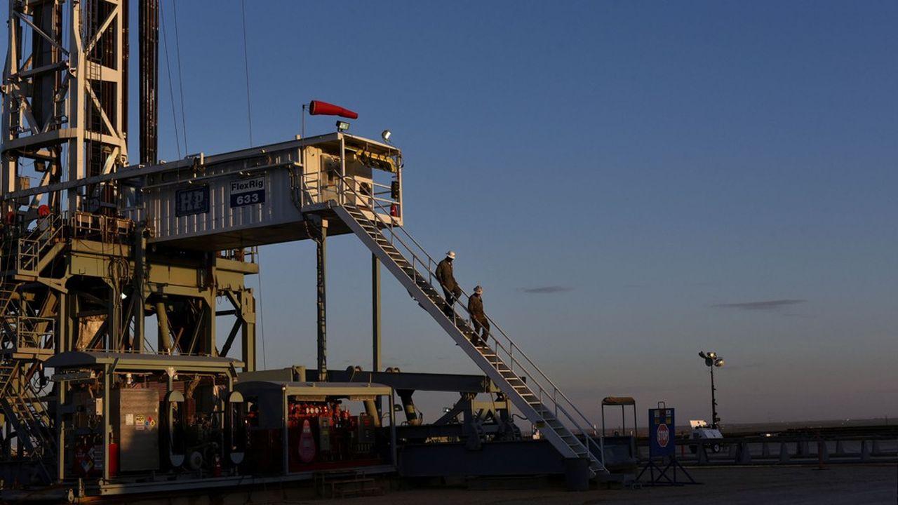 Aux Etats-Unis, royaume du pétrole de schiste, le nombre de forages en cours a été divisé par trois depuis le mois de mars.