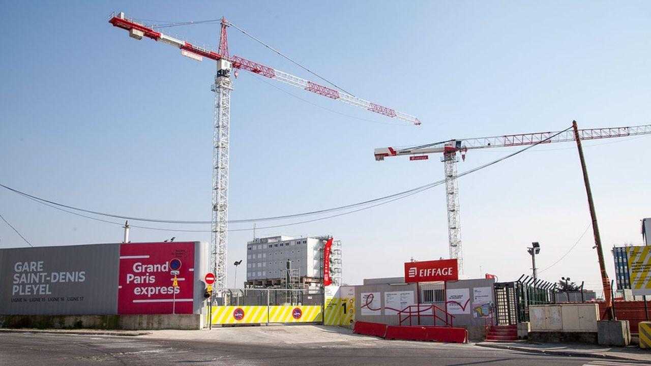 Les chantiers du Grand Paris express ont subi le contrecoup de la pandémie, avec un arrêt simultané des gares et lignes en construction.