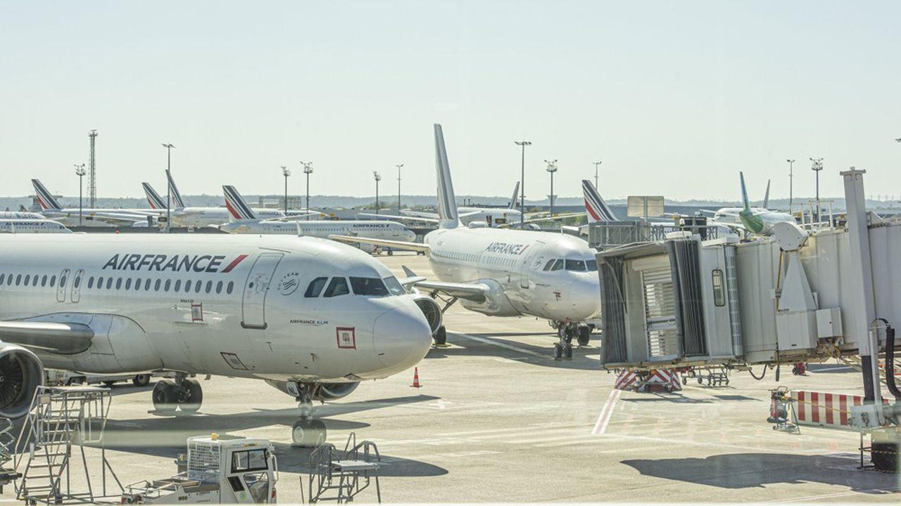 Air France va réduire de 40% son offre domestique, en commençant par les villes desservies par le TGV en moins de 2h30.