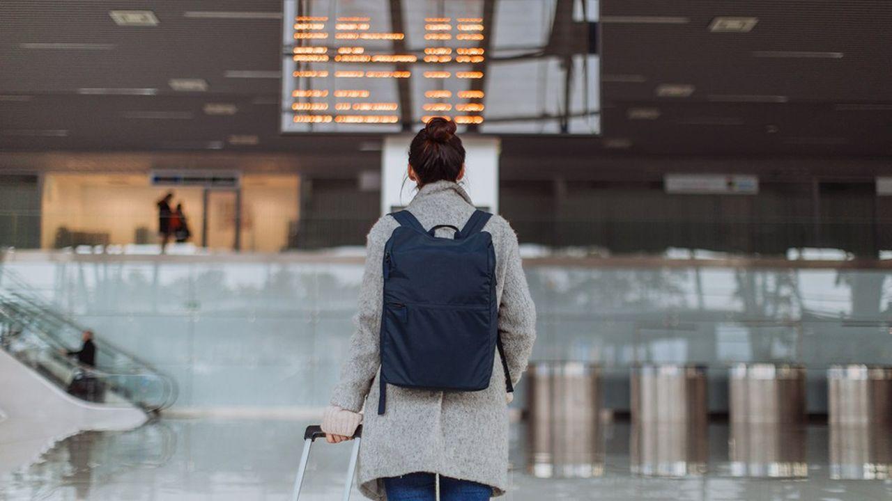 Prés de la moitié des étudiants qui avaient prévu de partir à l'étranger à la rentrée, pour étudier ou travailler, ont abandonné leur projet de mobilité.