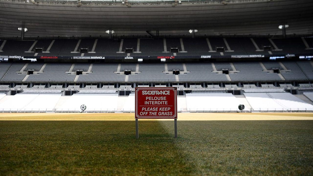 Avec les dernières décisions du gouvernement relatives au déconfinement, le Stade de France, qui peut accueillir plus de 80.000 personnes, pourra en recevoir au plus 5.000 avec la réception de la finale de la Coupe de France de football, prévue fin juillet.