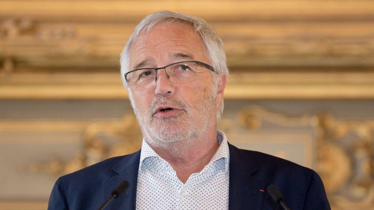 «Les impôts de production ne nuisent pas à la compétitivité des entreprises comme certains veulent le faire croire», selon François Rebsamen, coprésident de la commission finances de France urbaine et maire de Dijon.