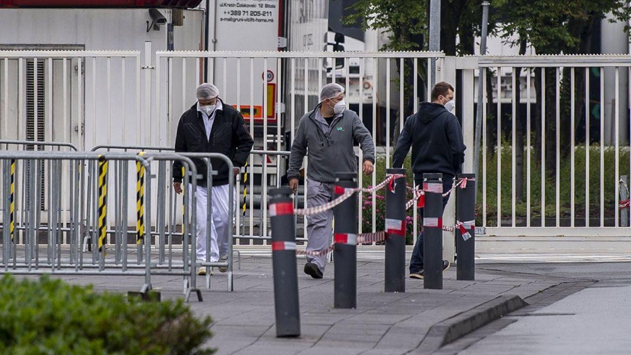 Le week-end dernier, quelque 6.139 employés de l'abattoir de Rheda-Wiedenbrück, en Rhénanie-du-Nord-Westphalie (entre Dortmund et Hanovre), ont été testés: 1.331 résultats se sont révélés positifs au coronavirus.