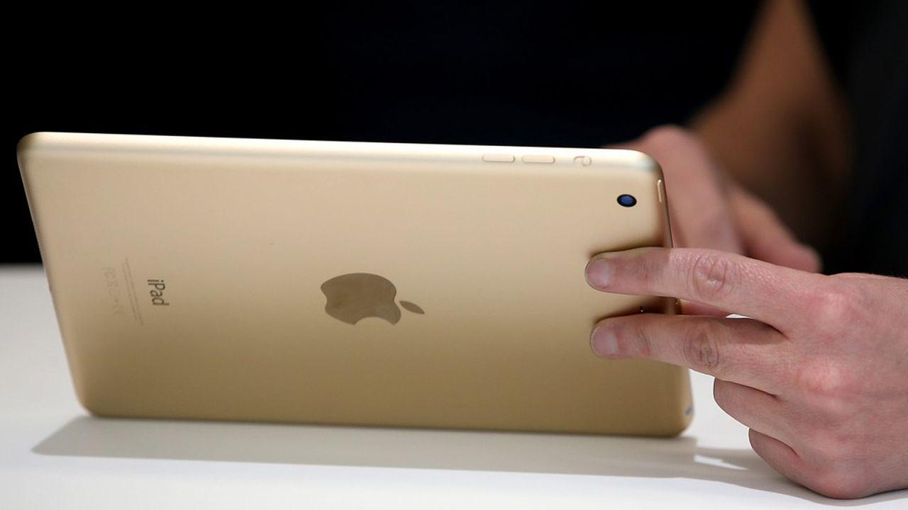 Selon la banque d'affaires Bernstein, l'internalisation du processus permettra à Apple d'économiser 1 à 2milliards de dollars par an.