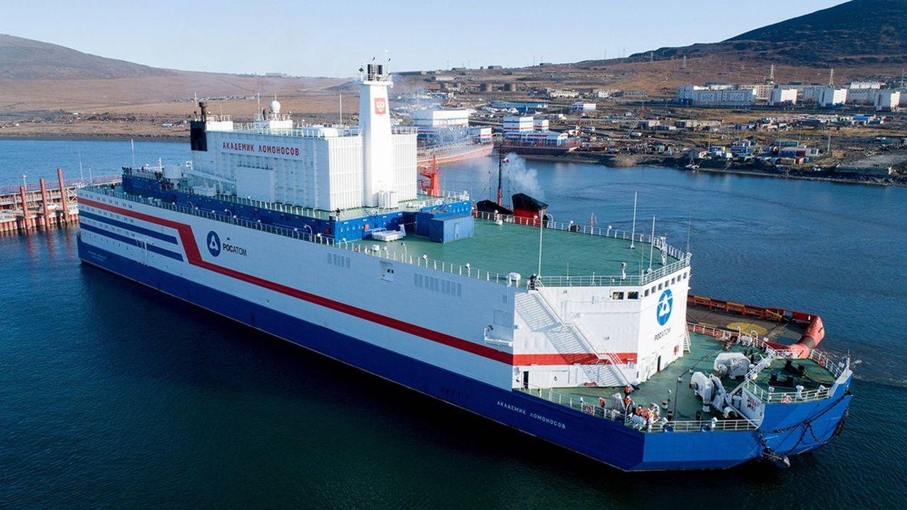 L'énergéticien russe Rosatom vient d'annoncer qu'Akademik Lomonosov, la première centrale nucléaire flottante du monde, était entrée en production commerciale.