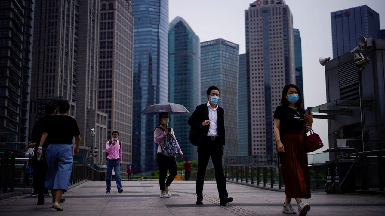 Les politiques de contrôle des investissements étrangers et la crise pandémique ont fait reculer de 18% les acquisitions transfrontières, en particulier menées depuis la Chine.