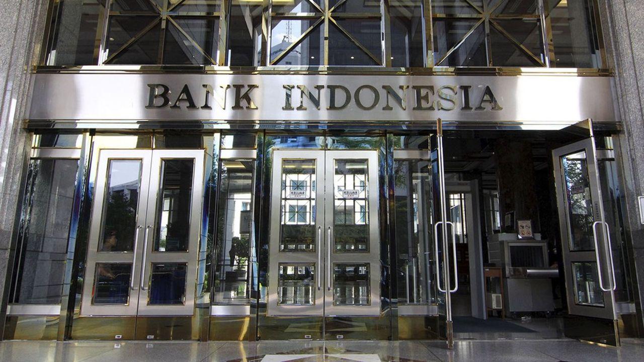 La Banque d'Indonésie achète désormais des obligations d'Etat directement lors de leur émission.