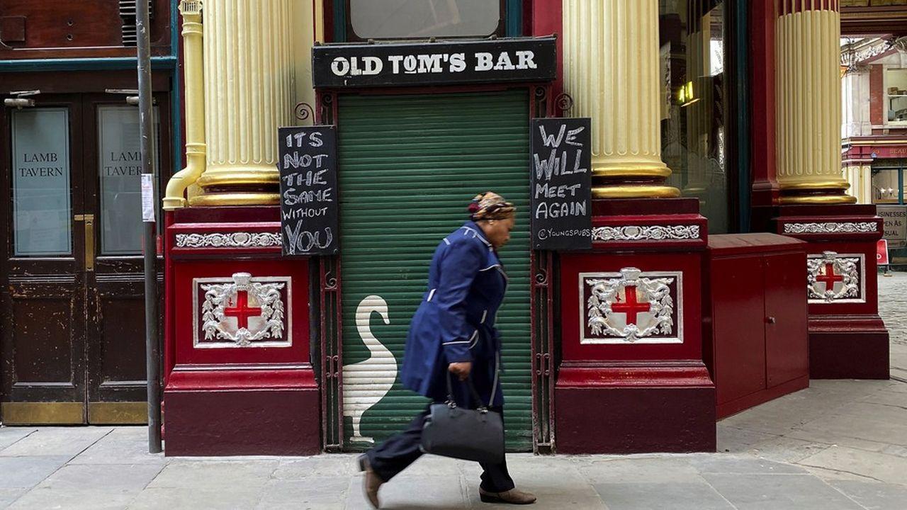 Le Royaume-Uni compte quelque 47.000 pubs, qui emploient près de 600.000 personnes.