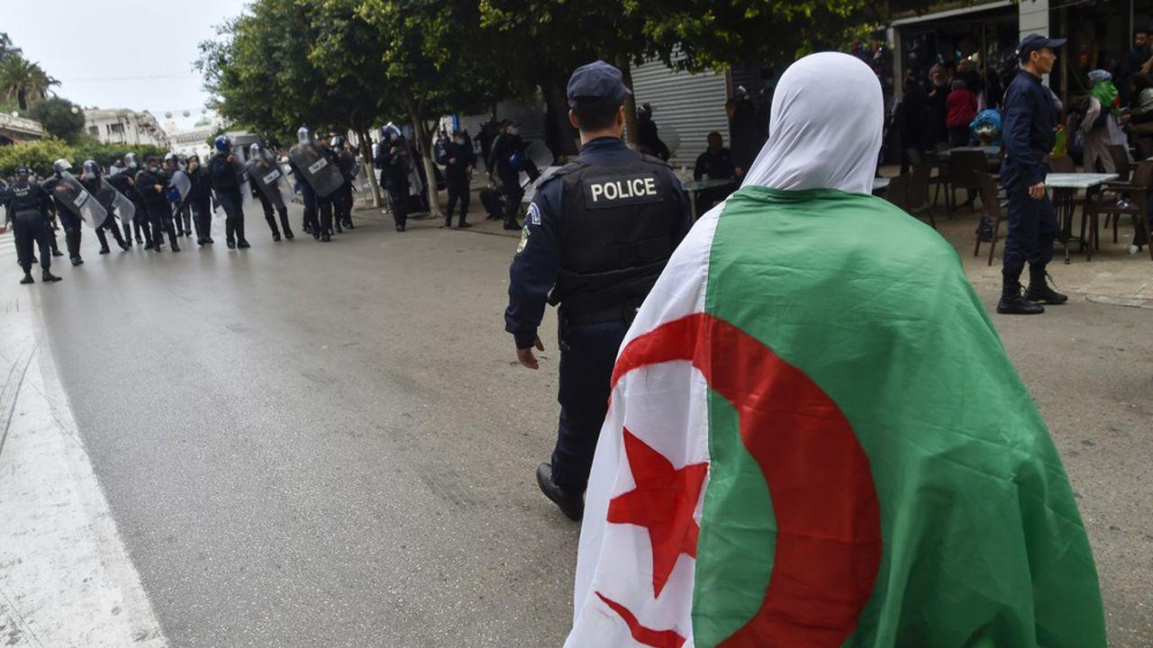 Quatorze protestataires qui ont manifesté à Tizi Ouzou vendredi se sont retrouvés sur le banc des accusés et condamnés.
