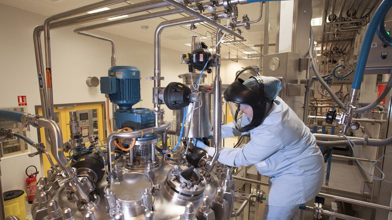 En 2020, AstraZeneca a investi 500millions d'euros supplémentaires dans son site de fabrication de médicaments respiratoires de Dunkerque.
