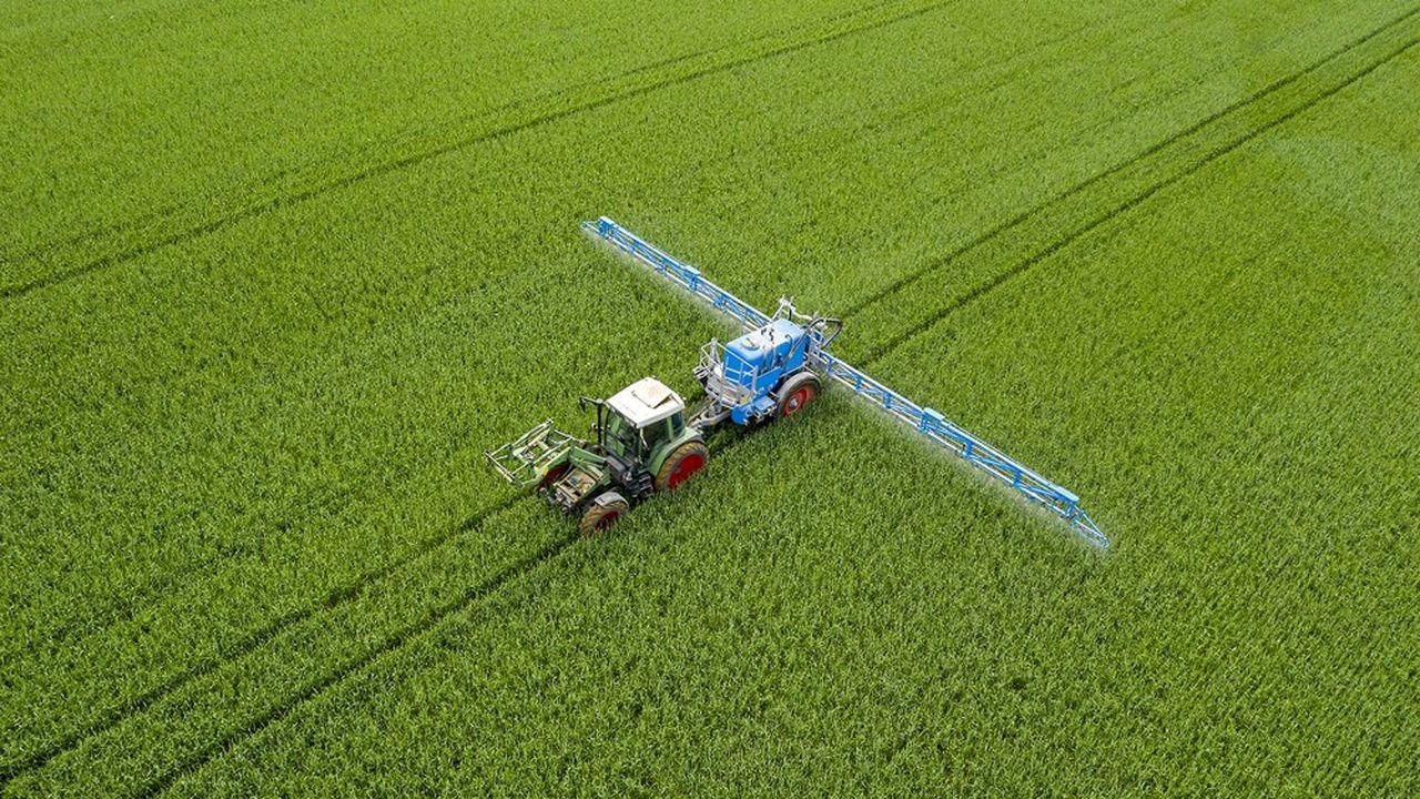 Les dernières technologies d'épandage permettent de réduire de 30 à 90% les doses de produit selon l'industrie.