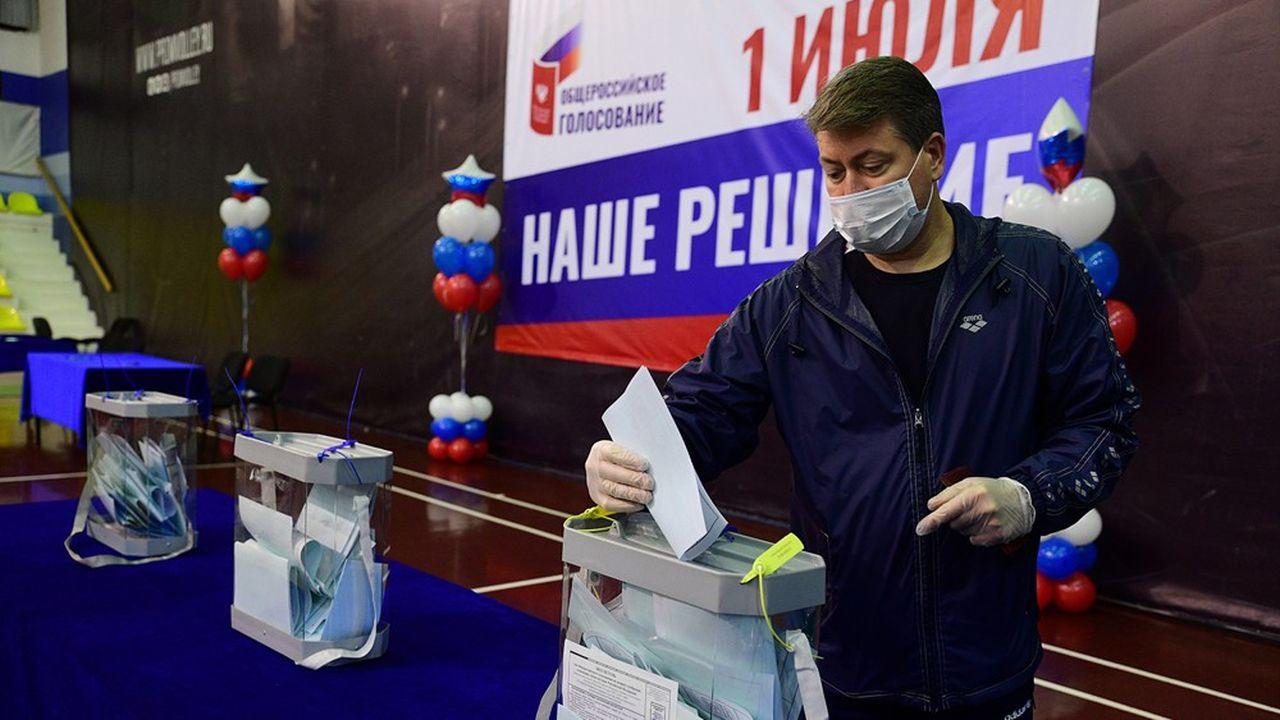 Pendant une semaine à partir de ce jeudi, les Russes votent pour la réforme de la Constitution que Vladimir Poutine a menée au pas de charge depuis six mois.