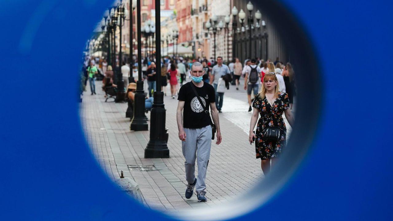 La crise post-coronavirus pourrait attiser les mécontentements: 40% de la population a vu son pouvoir d'achat chuter et 10% des Russes ont perdu leur travail.
