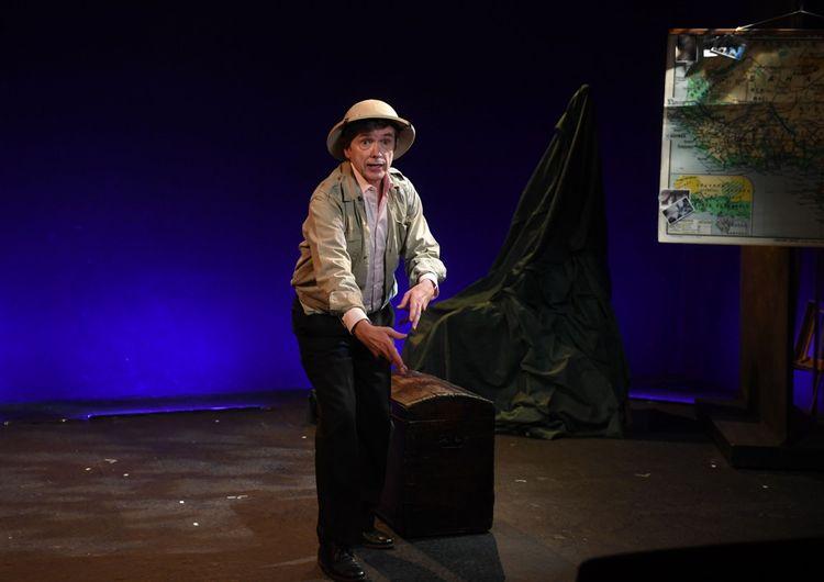 Filage de la pièce 'Monsieur Paul', avec Jean-Marie Besset.