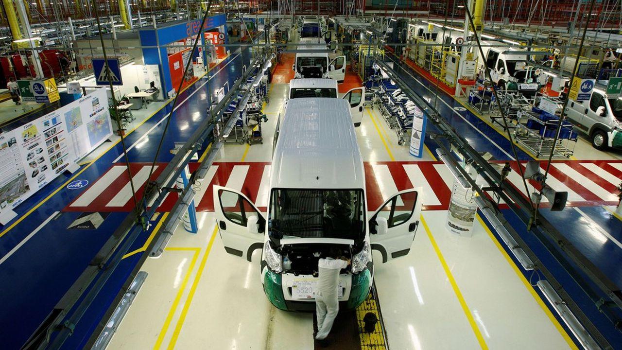 L'usine d'Atessa, qui fabrique des véhicules utilitaires en coentreprise avec PSA, est l'une des seules à tourner à plein régime.