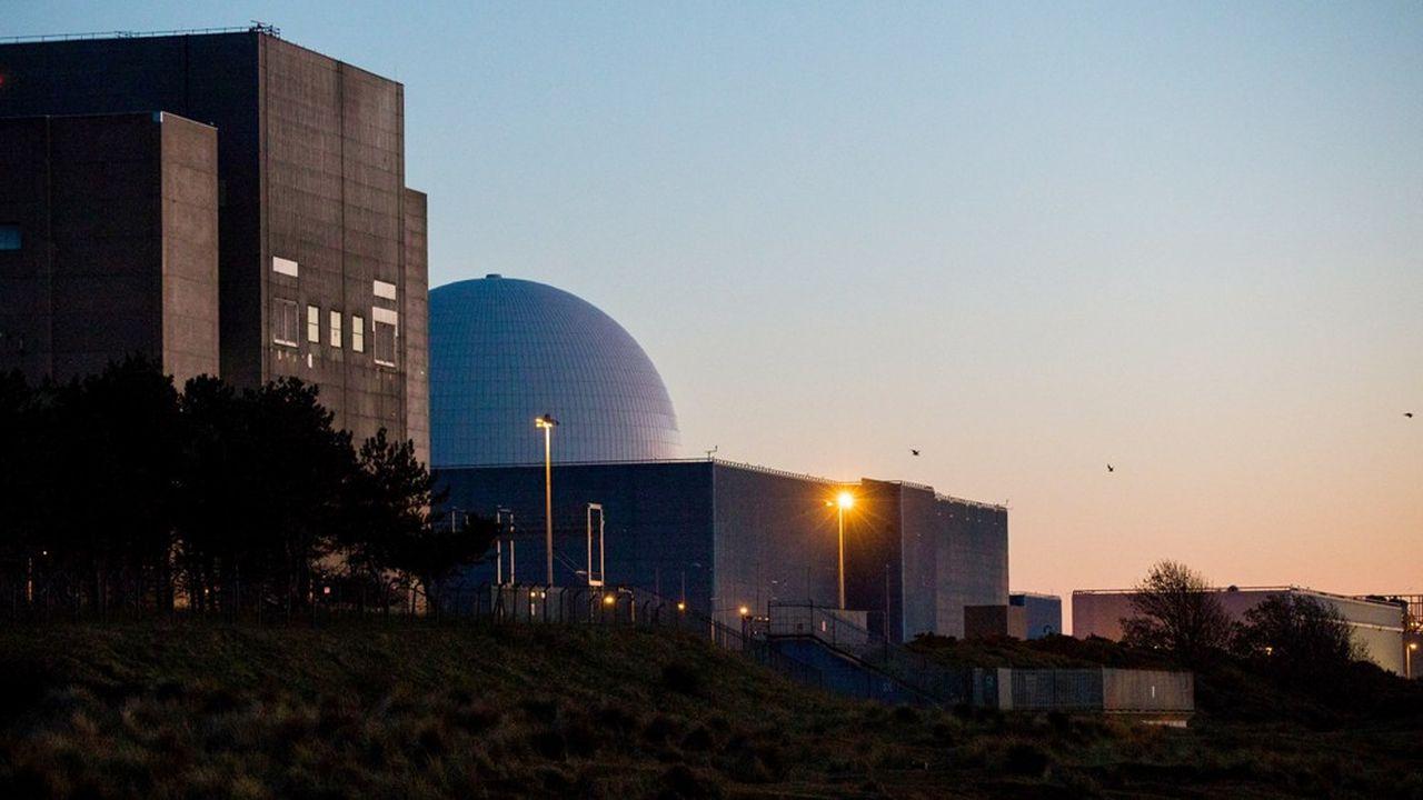 Les actuels réacteurs de Sizewell A, à gauche, et Sizewell B, à droite.