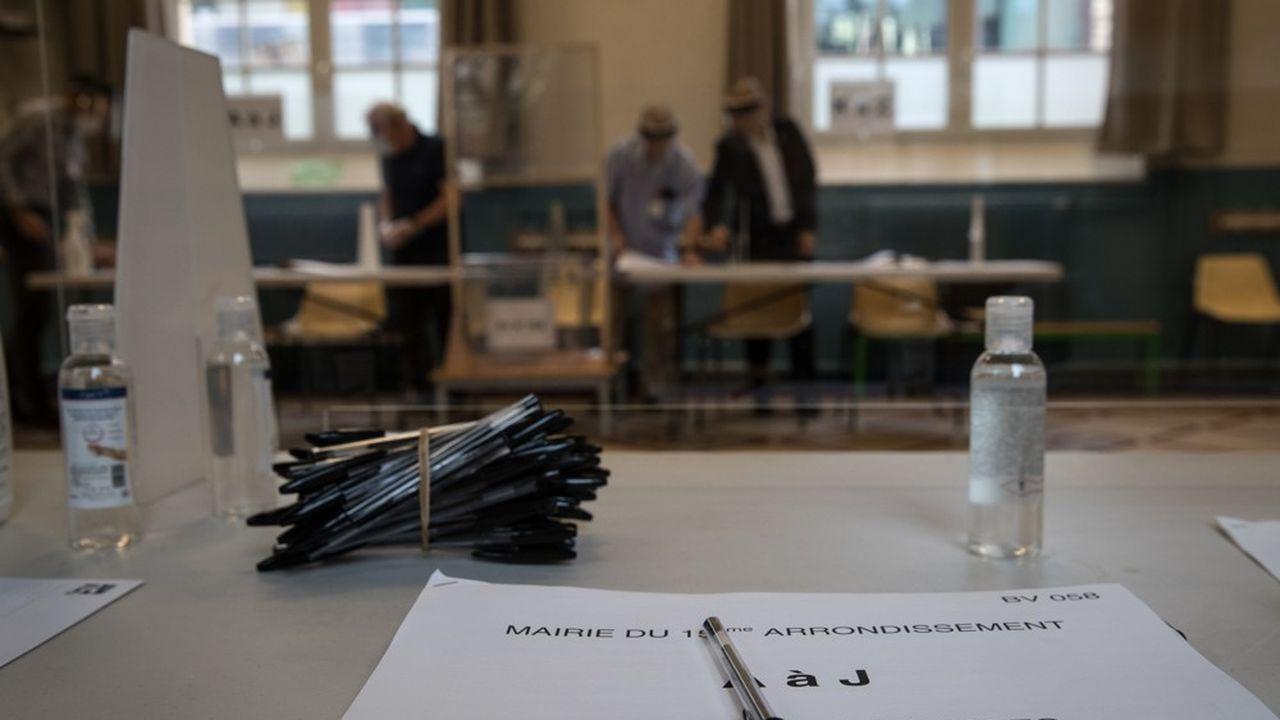 Le risque d'une abstention massive planait sur le scrutin, alors que moins d'un électeur sur deux - 44,3%, contre 63,5% en 2014 - s'était déplacé pour voter le 15mars.
