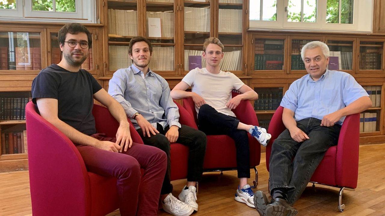 Simon Douyer, Arnaud Carrere, Oliver Yates et Jacques Lolieux sont les cofondateurs de SheeldMarket.