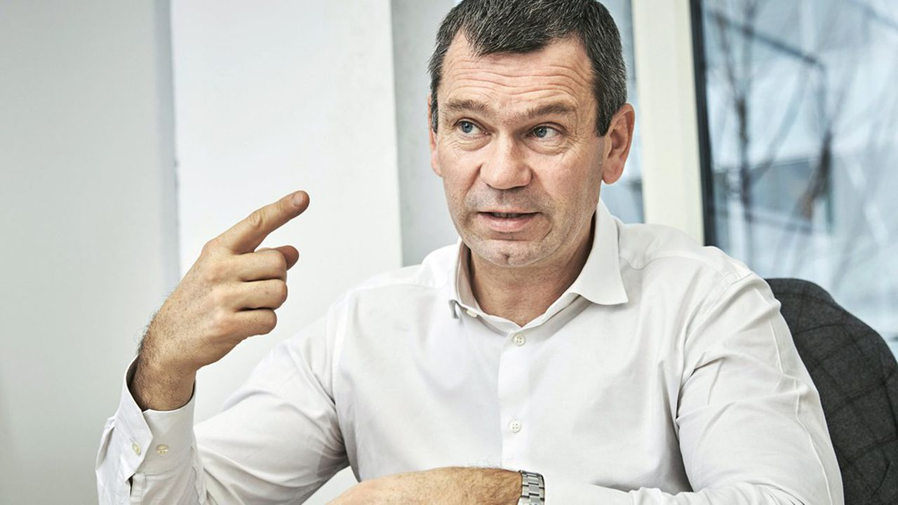 Thierry Cotillard, président d'Intermarché, dans son magasin d'Issy-les-Moulineaux, dans les Hauts-de-Seine.