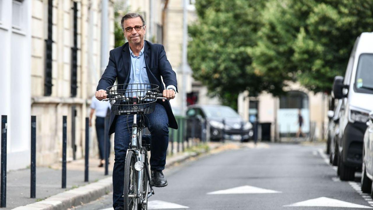 Le maire sortant Nicolas Florian a été battu dimanche par Pierre Hurmic (photo).