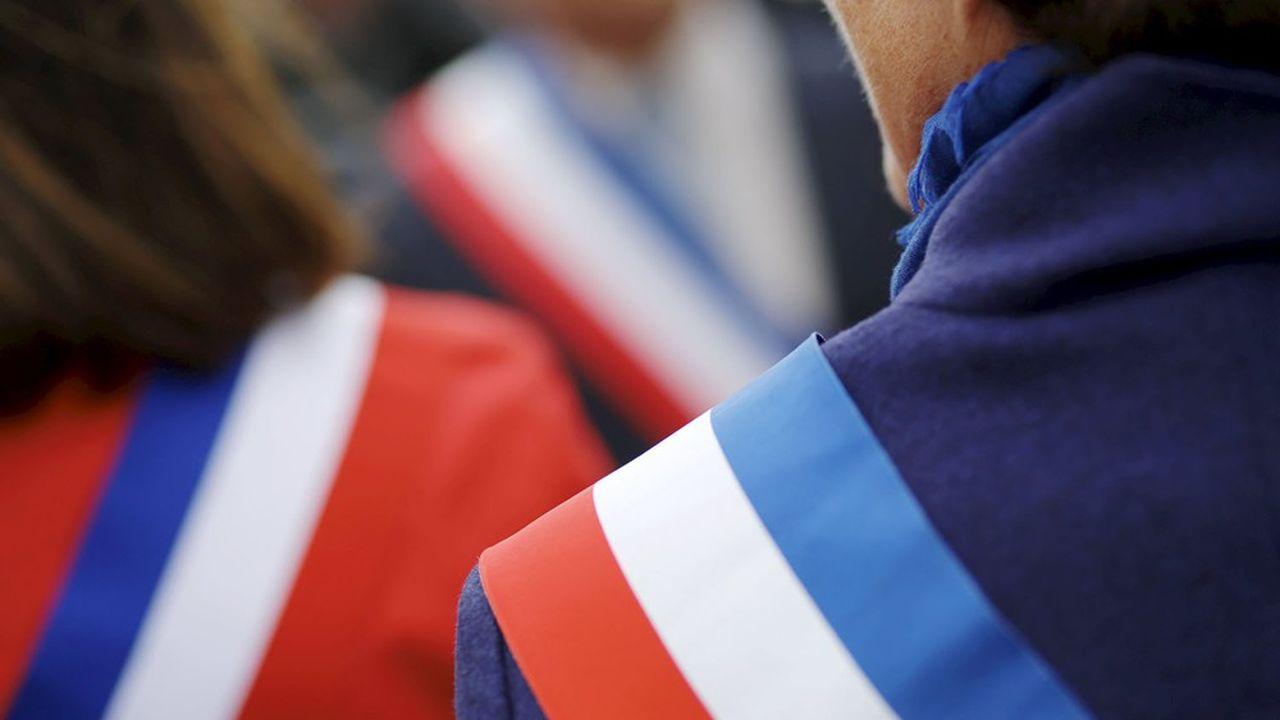 Une parité stricte est observée dans les dix plus grandes villes de France, mais au total, sur 21.000 listes déposées, seules 4.800 ont été conduites par des femmes.