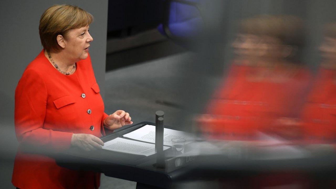 C'est la deuxième présidence de l'UE en 15 ans de règne pour Angela Merkel. Maîtresse dans l'art du compromis, elle connaît tous les rouages européens et peut compter sur une équipe aguerrie.