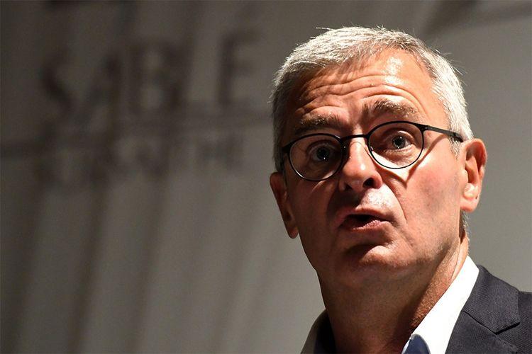 Marc Joulaud, ancien assistant parlementaire puis suppléant de François Fillon, estdepuis 2008 maire de Sablé-sur-Sarthe, le fief François Fillon.