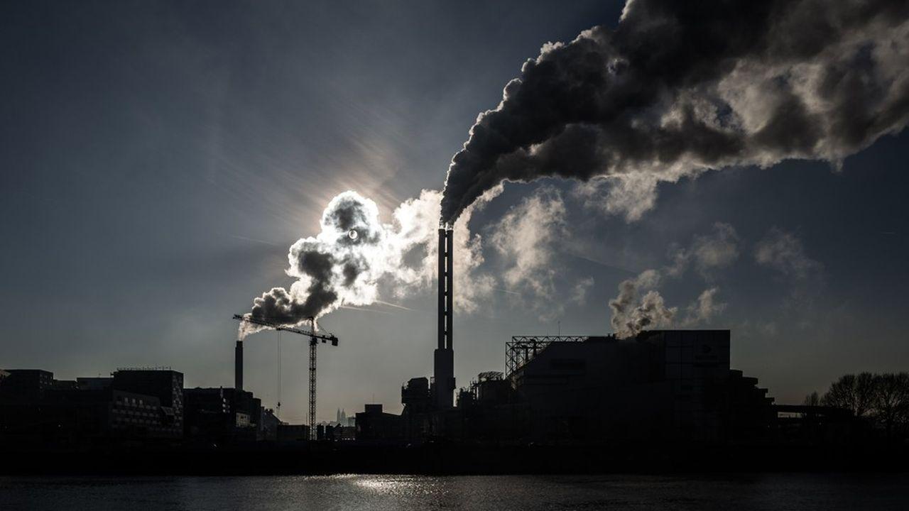 La Convention citoyenne pour le climat a exclu de rétablir une taxe carbone comme celle mise en place il y a six ans, à l'origine du mouvement des «gilets jaunes».