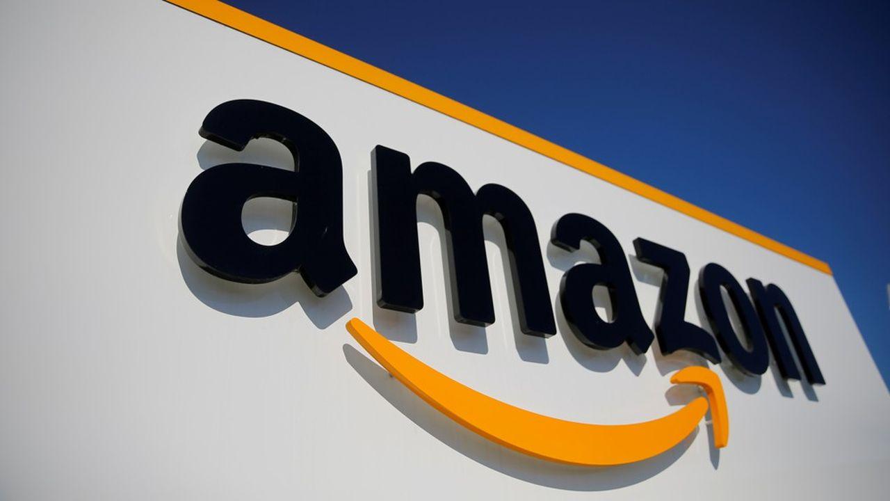 Amazon conserve la première place, avec une valeur estimée à 415,8milliards de dollars, en hausse de 32% par rapport au palmarès 2019.