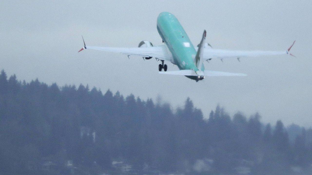 Un Boeing 737 Max construit pour Norwegian, lors d'un vol d'essai en 2019.