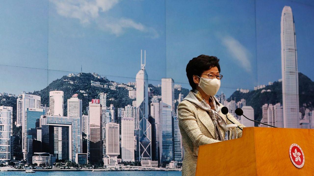 Carrie Lam, chef de l'exécutif de Hong Kong, lors de la conférence de presse du 30juin qui a précédé l'adoption de la nouvelle législation sécuritaire.