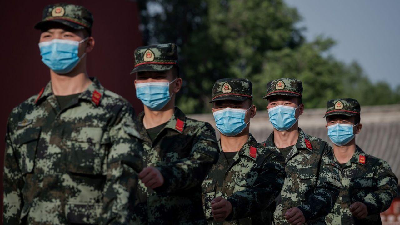 Les quelque deux millions de militaires de l'armée chinoise auront, pendant un an au moins, accès à ce vaccin, jugé comme l'un des plus prometteurs