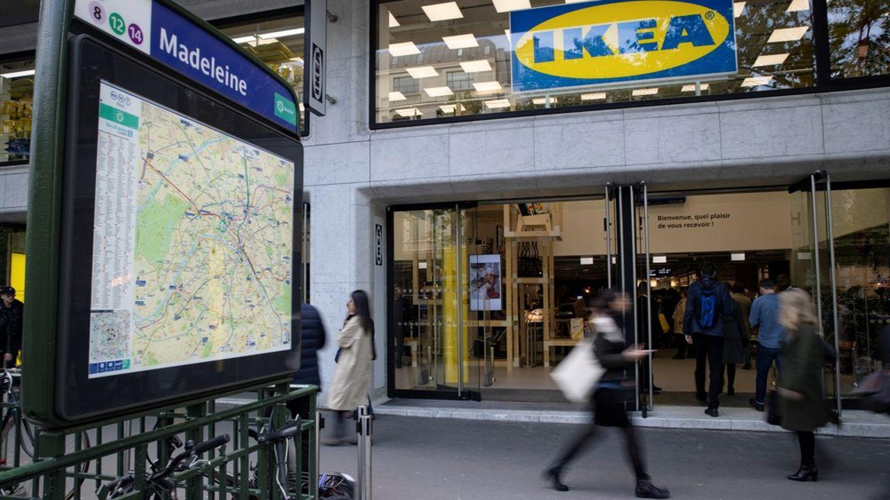 Ikea a inauguré en mai2019 son premier magasin français de centre-ville, place de la Madeleine à Paris.