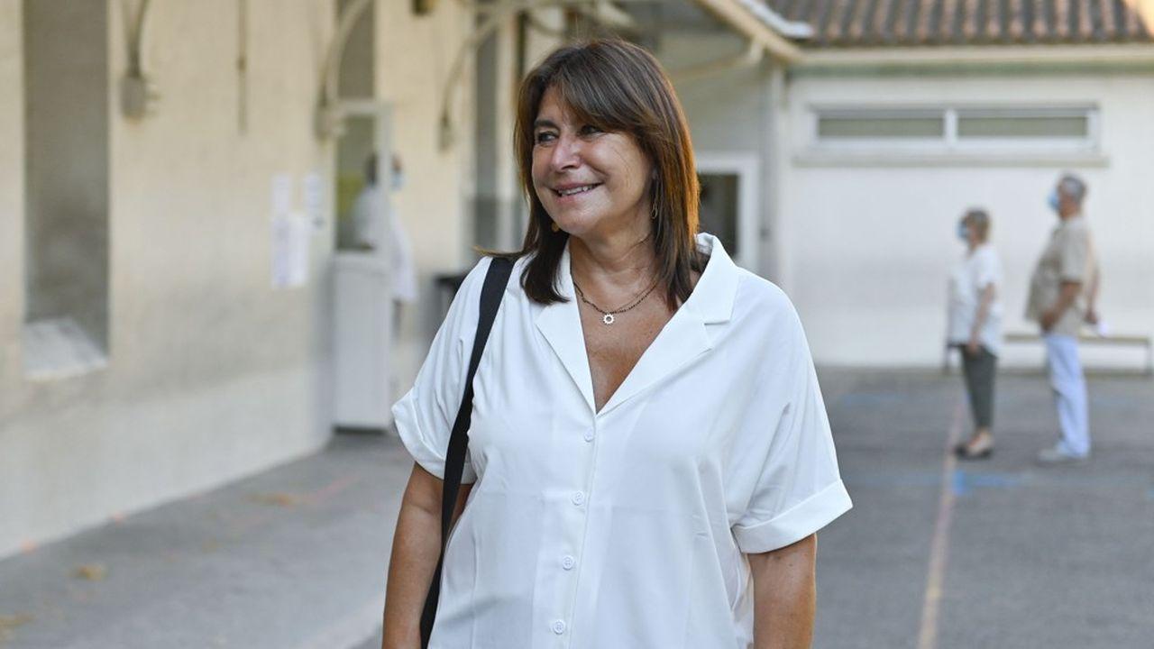 Pour être certaine de succéder à Jean-Claude Gaudin à la mairie de Marseille, Michèle Rubirola devra rassembler au moins 51 voix au sein du conseil municipal. Elle dispose actuellement de 42 conseillers municipaux