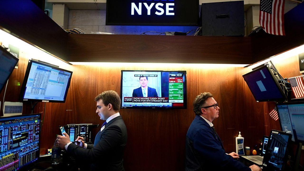 Gérants, hedge funds et courtiers appellent à un encadrement stricte des pratiques commerciales des Bourses concernant la vente de données de marché.