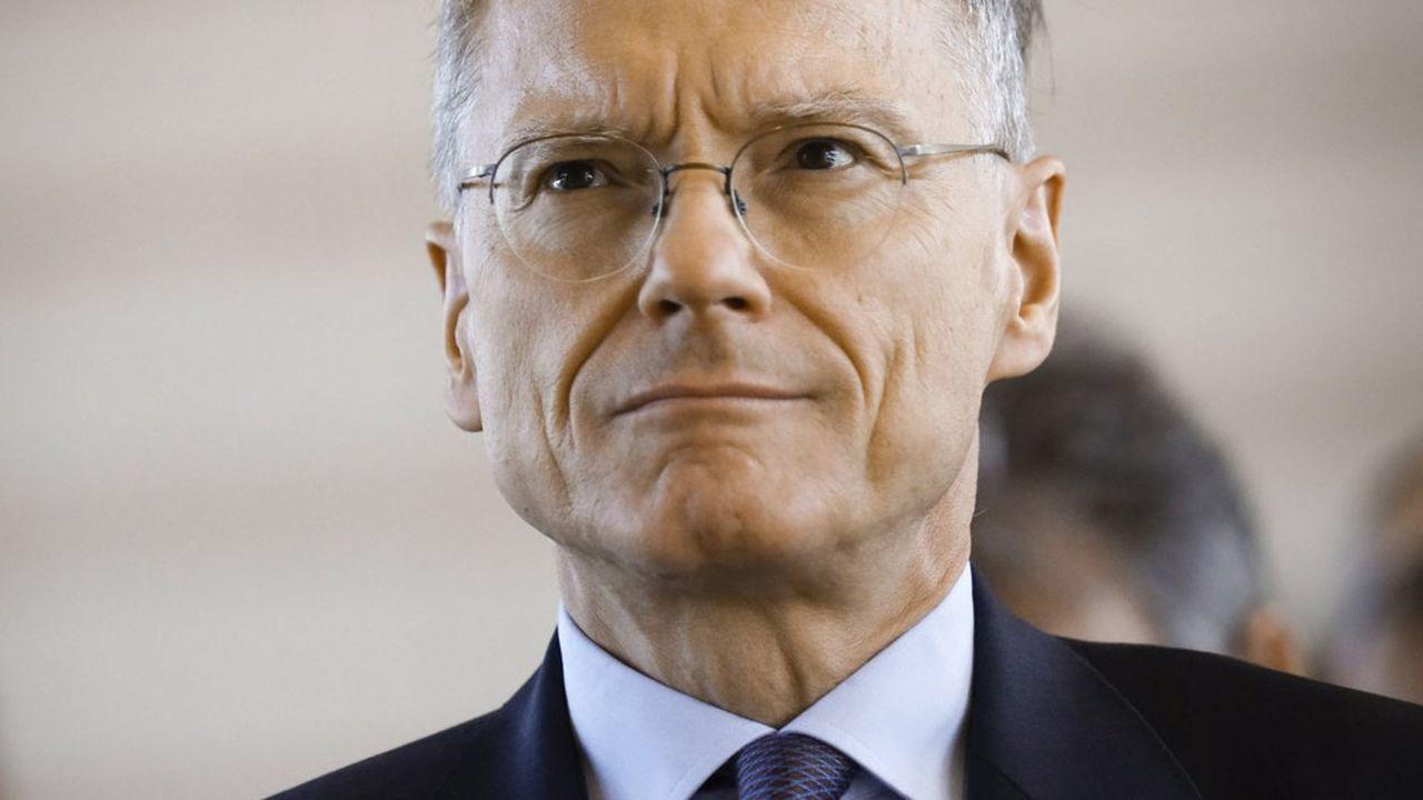«Il va de soi que tout ce qui concernera la CNP, je n'y toucherai, ni de près, ni de loin», a déclaré Jean-Paul Faugère, candidat à la vice-présidence du gendarme des banques et des assurances.