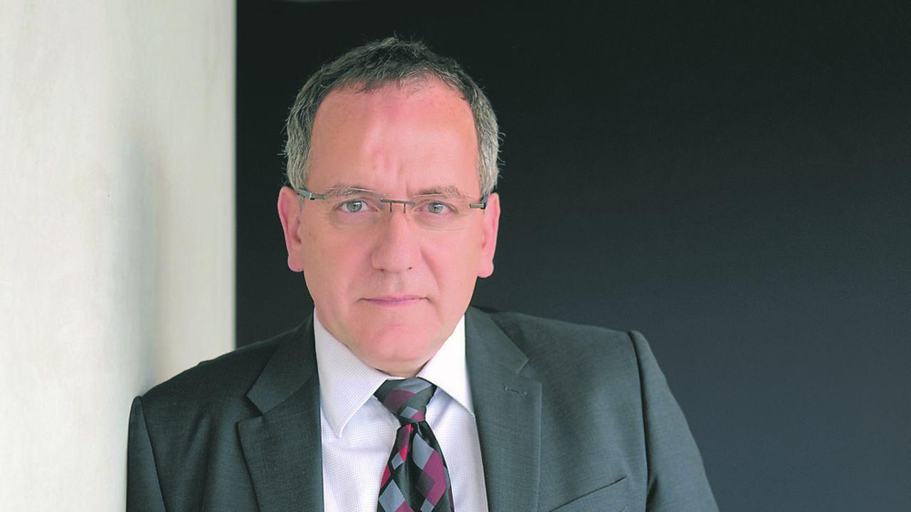 «La quête de bénéfices à deux chiffres à court terme au profit des actionnaires empêche les groupes industriels de construire une stratégie à long terme», regrette Jean Chambaz.