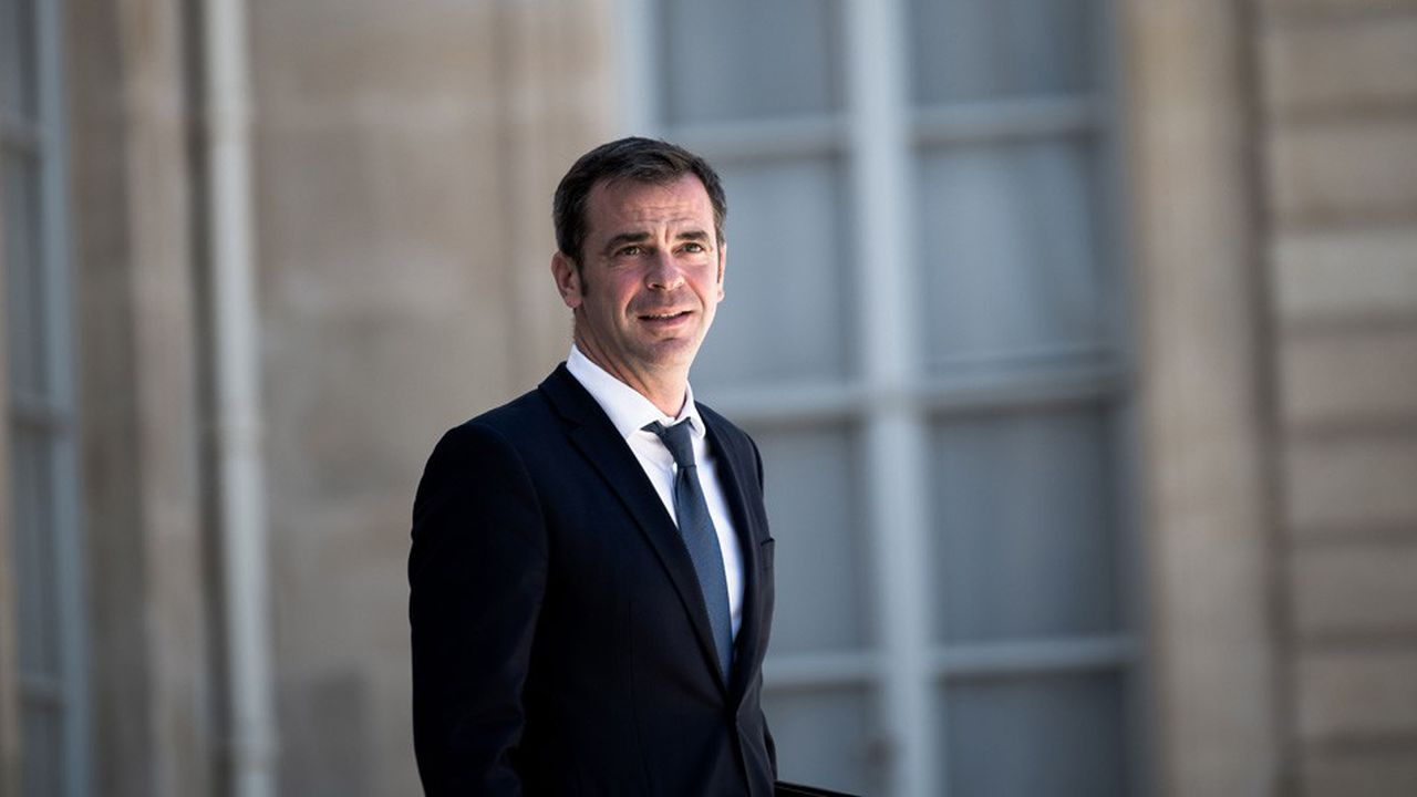 En France métropolitaine, si le nombre de cas se réduit, le ministre identifie toujours «plus de 200 clusters depuis le déconfinement».