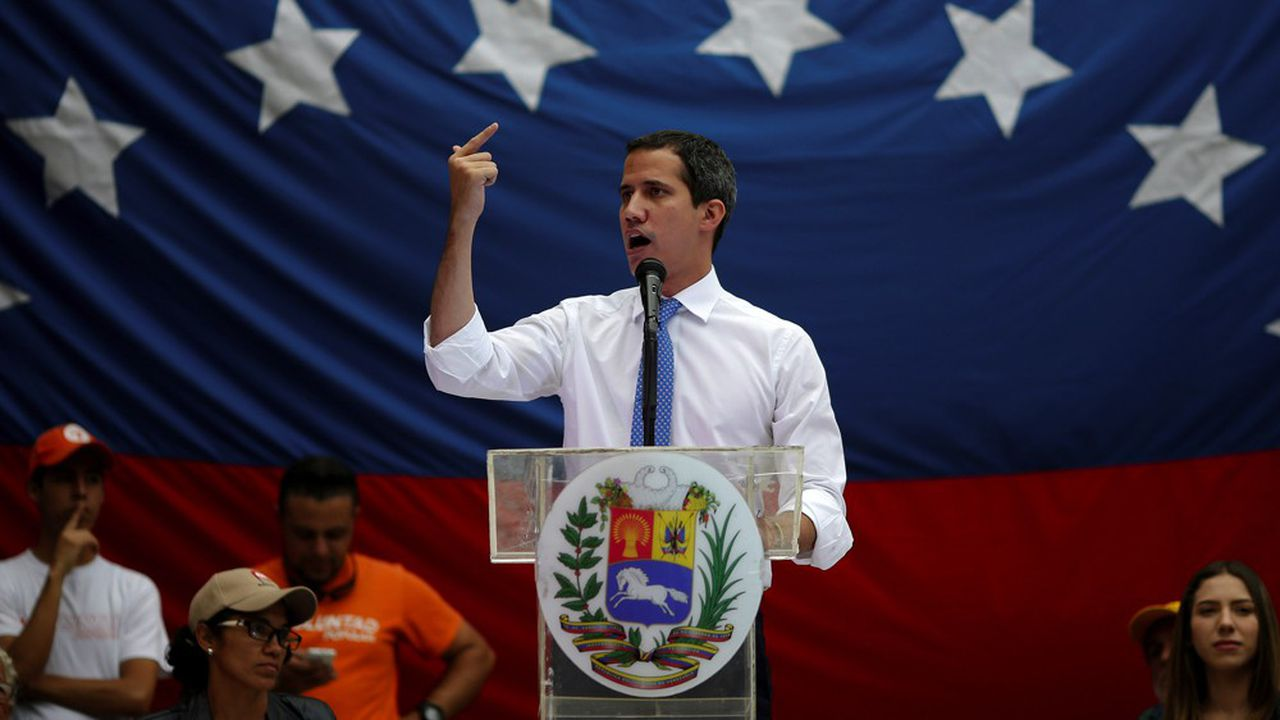 Juan Guaido est président auto-proclamé du Venezuela depuis janvier 2019. Il a reçu le soutien d'une cinquantaine de pays étrangers parmi lesquels les Etats-Unis.
