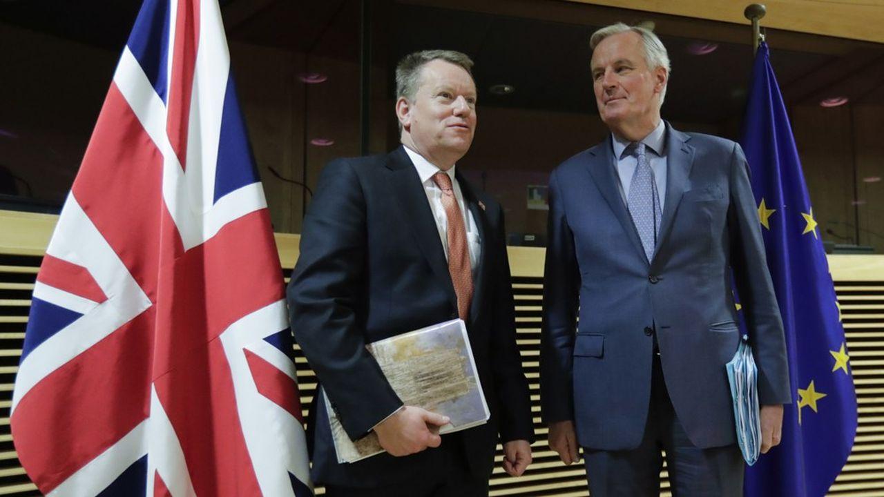 Le négociateur britannique David Frost, et son homologue européen Michel Barnier en mars dernier.