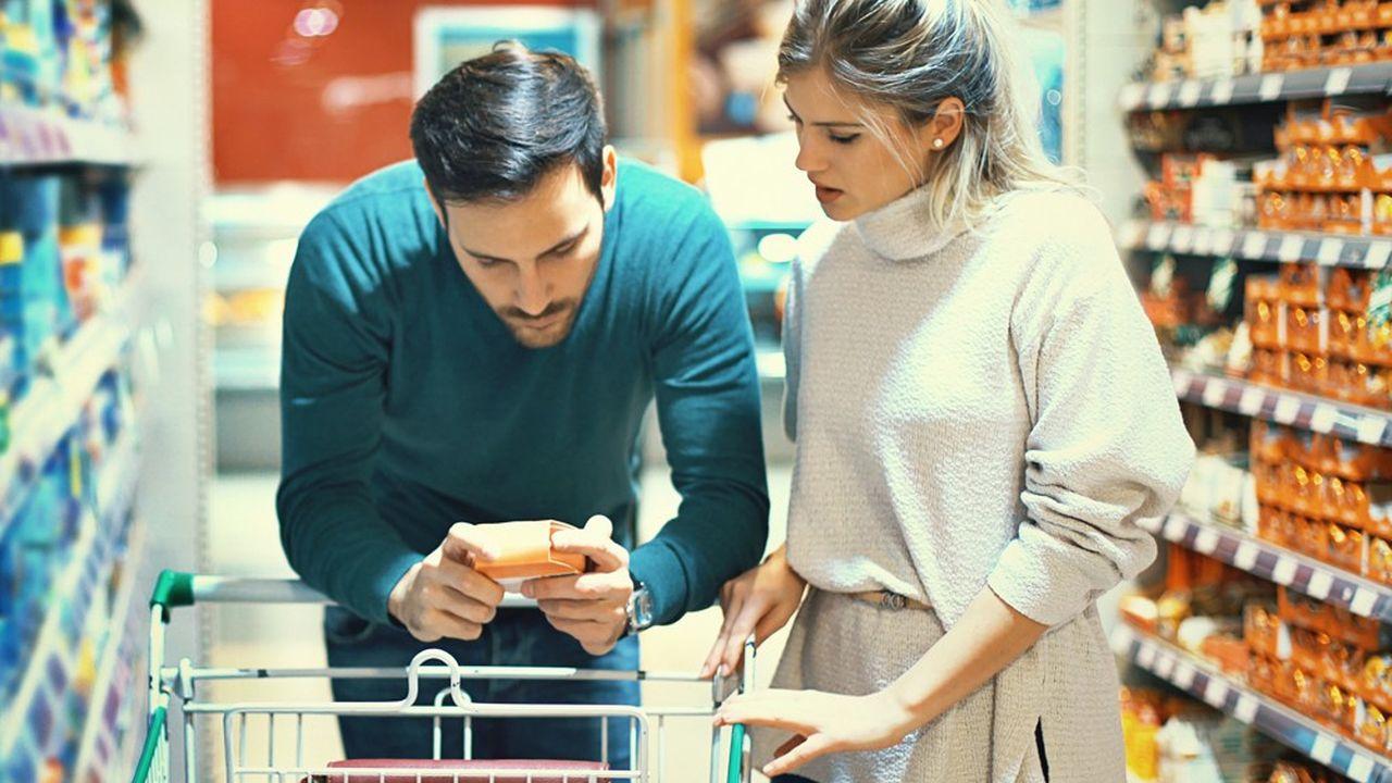 Les aliments produits localement devraient avoir le vent en poupe en supermarché mais attention aux idées reçues. Courte distance ne rime pas toujours avec écologie.
