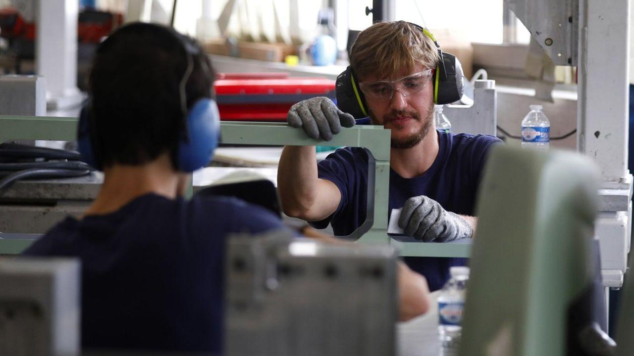 Le scénario du ministère du Travail prévoit «d'exonérer» les employeurs de charges salariales de sorte d'améliorer leur capacité d'investissement.