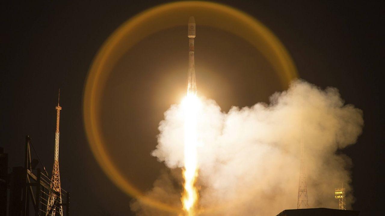 OneWeb a déjà lancé 74 satellites, dont deux fois avec des lanceurs Soyouz depuis le cosmodrome de Baîkonour.