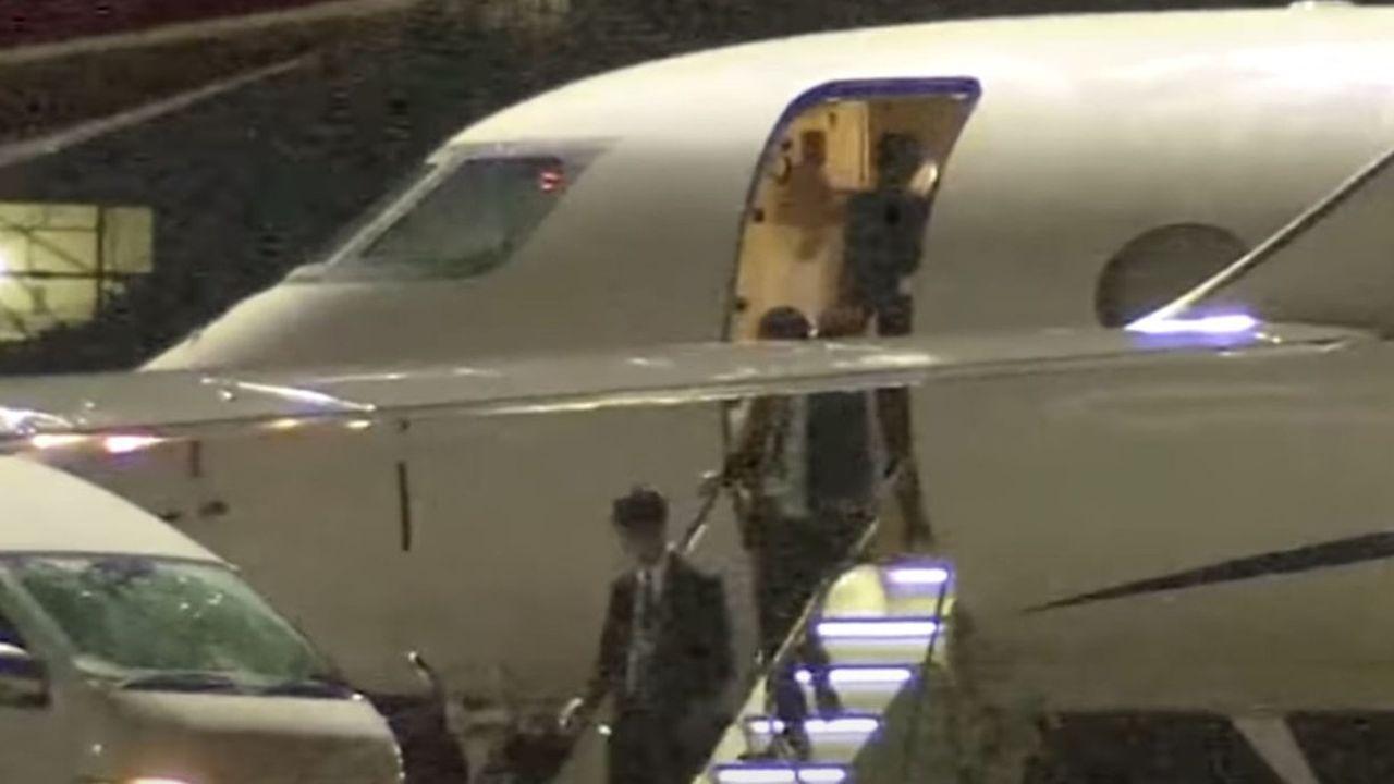 Les images de ce Gulftsream G550 ont fait le tour du monde en novembre2018 lorsque Carlos Ghosn a été arrêté peu après sa descente de l'appareil, sur le tarmac del'aéroport de Tokyo-Haneda.