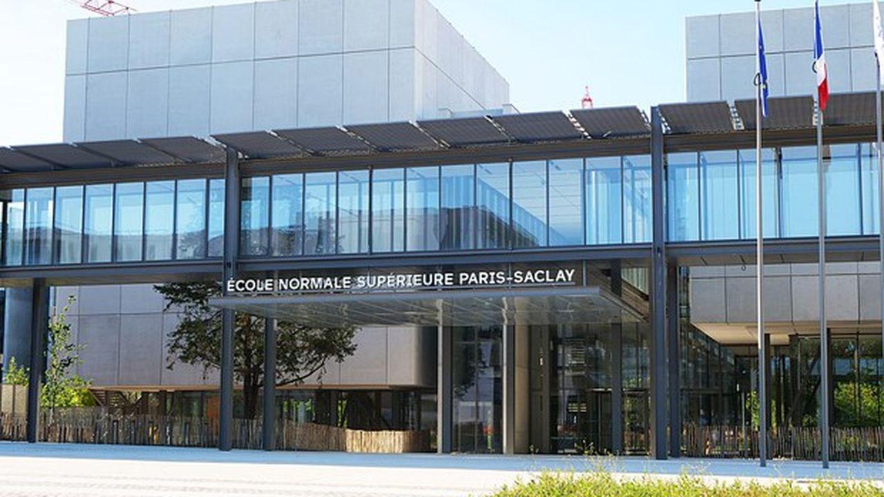 L'école normale supérieure fait partie du cluster des universités Paris Saclay, un des huit pôles d'innovation les plus importants au monde