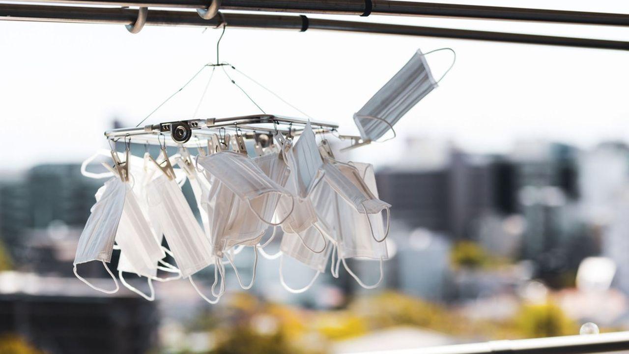 Le virus pourrait se transmettre par des gouttelettes en suspension dans l'air.
