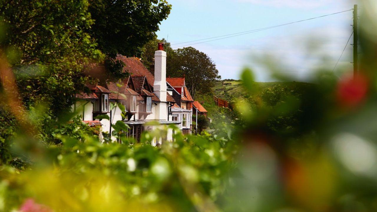 L'intérêt des Français pour les maisons de campagne est incontestable, mais il ne se traduit pas encore dans les ventes.